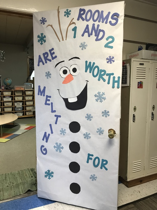 "Door decorated like Olaf from Frozen saying ""Room 1 and 2 are worth melting for."""